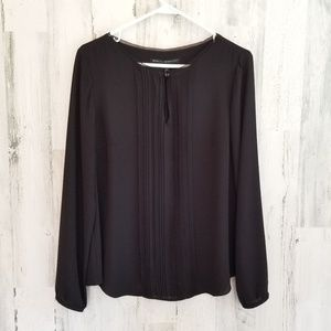 WHBM PINTUCKED Top
